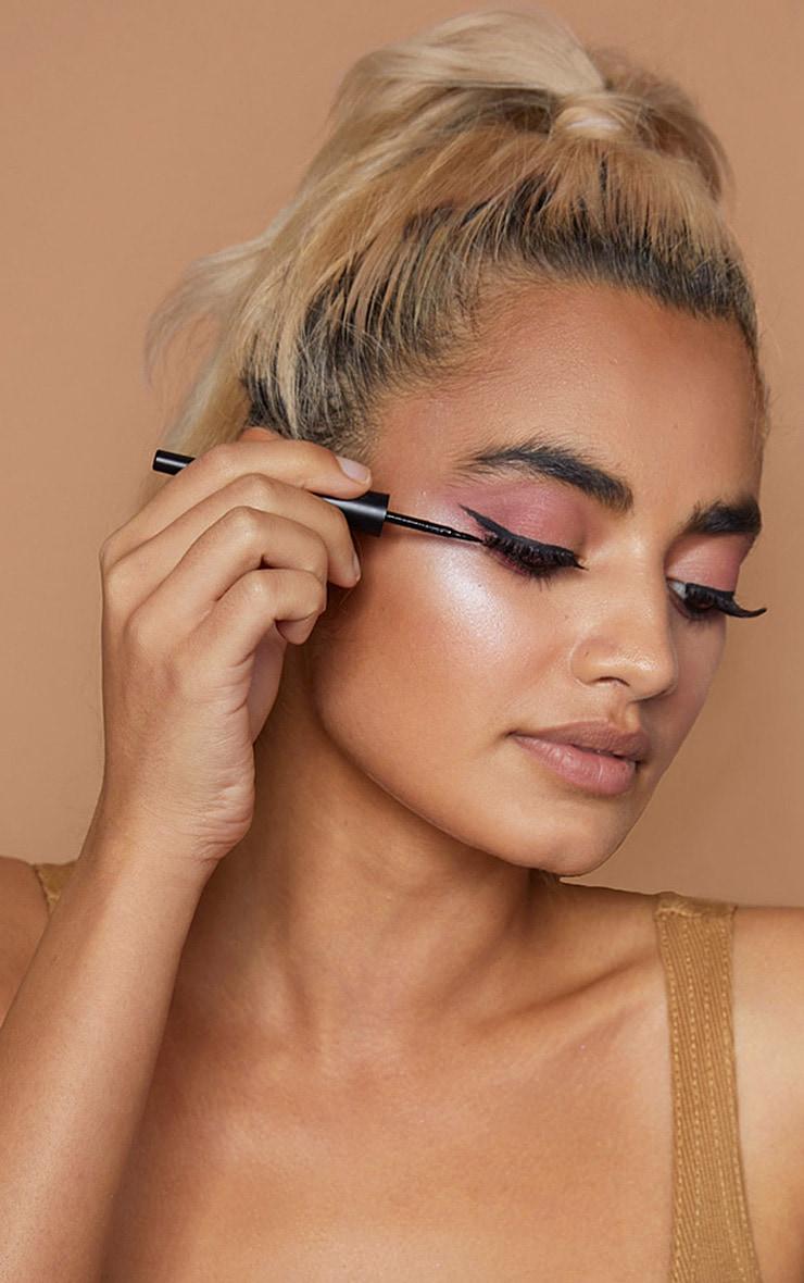 Sleek MakeUP Black Dip It Eyeliner 3