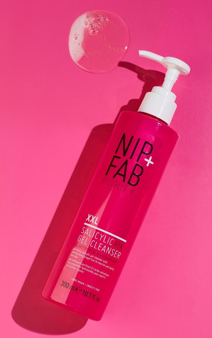 NIP+FAB Salicylic Fix Gel Cleanser XXL 300ml 1