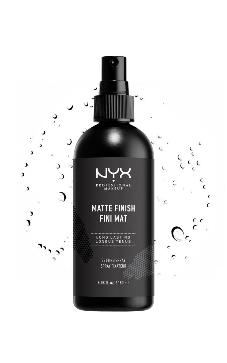 NYX PMU Longlasting Setting Spray Matte Finish 180ml 1