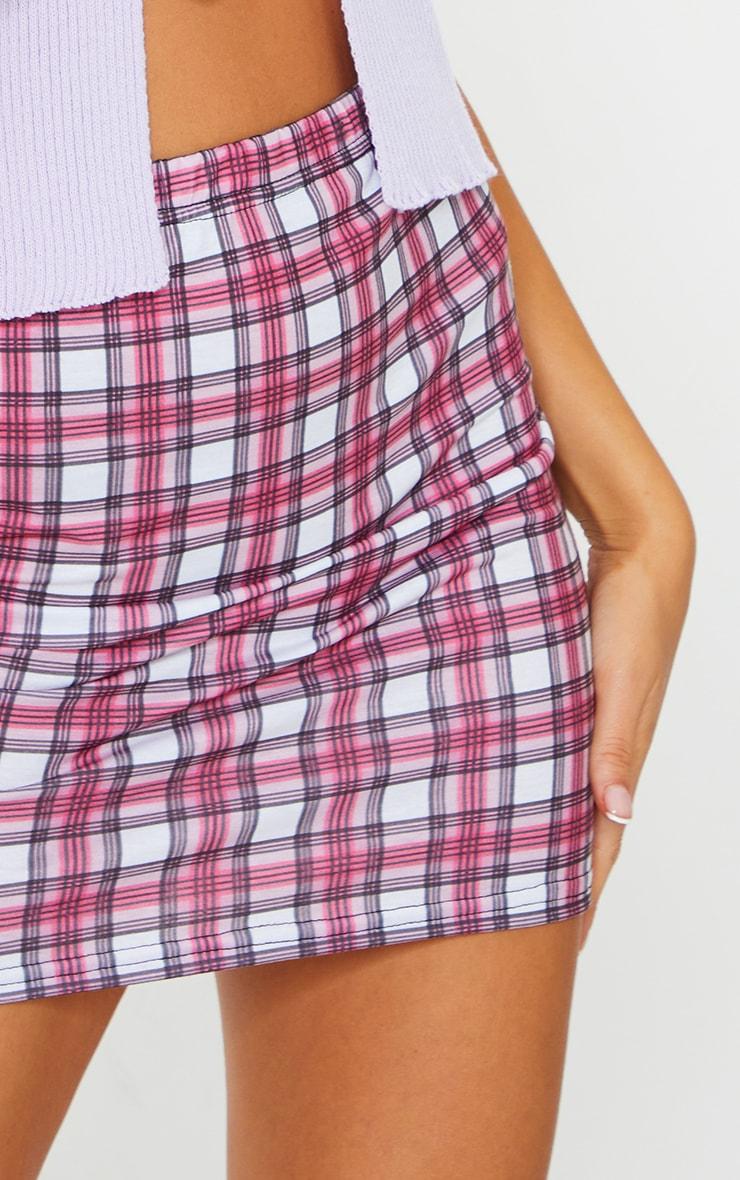 Mini-jupe rose à carreaux 5