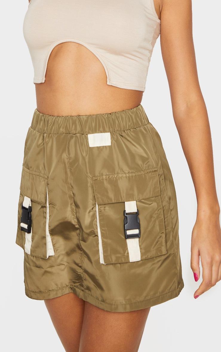 Jupe droite kaki effet survêt à détail contrasté et poches 5