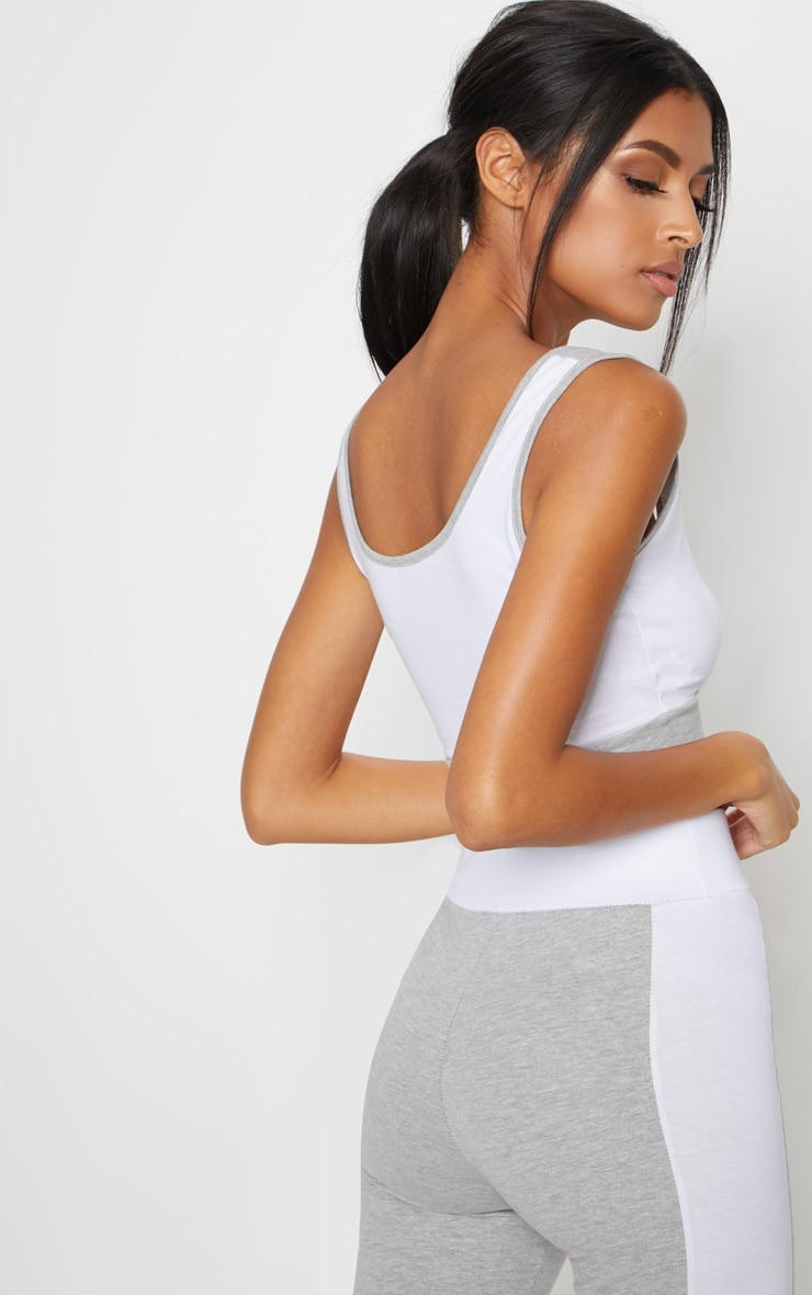 Grey Cotton White Contrast Sports Crop Top 2
