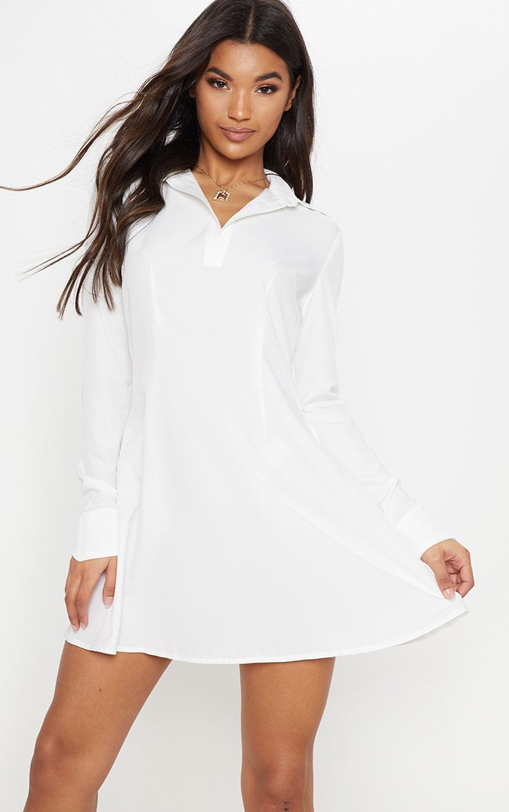 Robe chemise blanche style patineuse