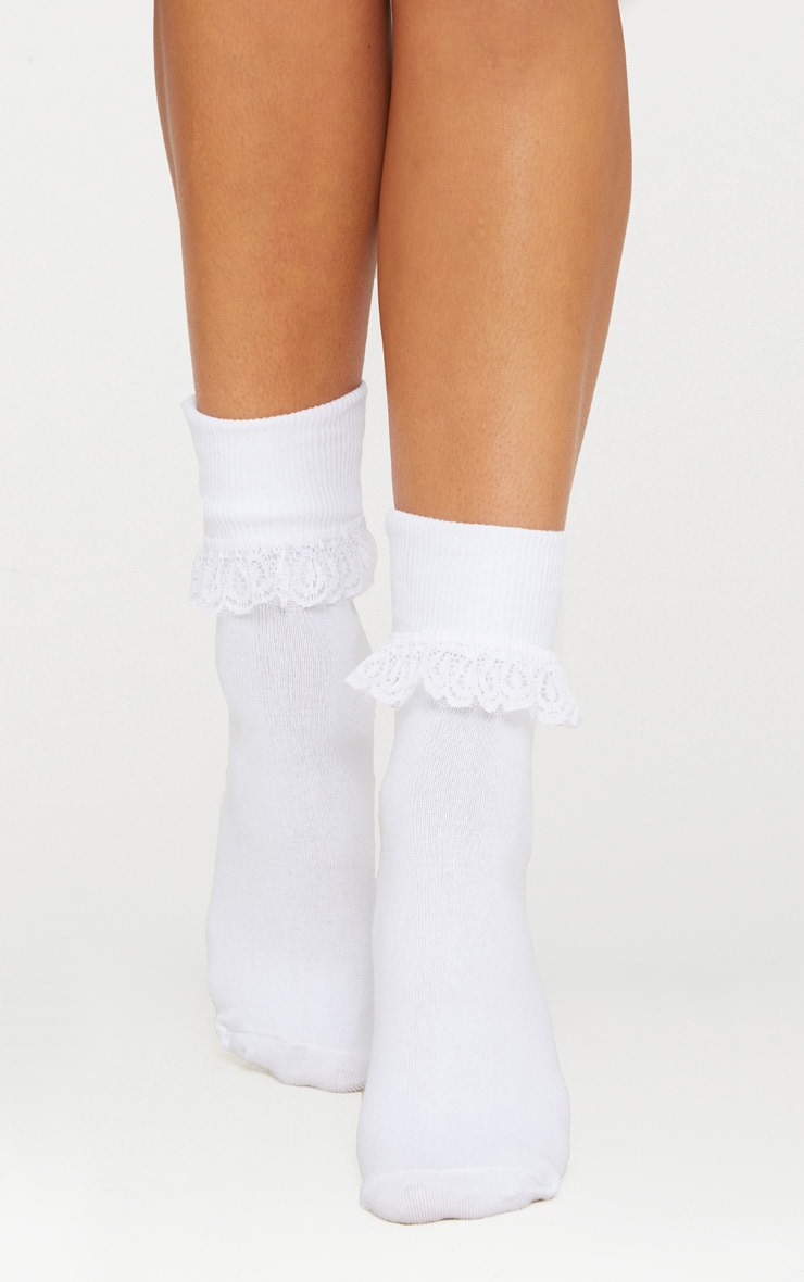 White Lace Frill Ankle Socks 2