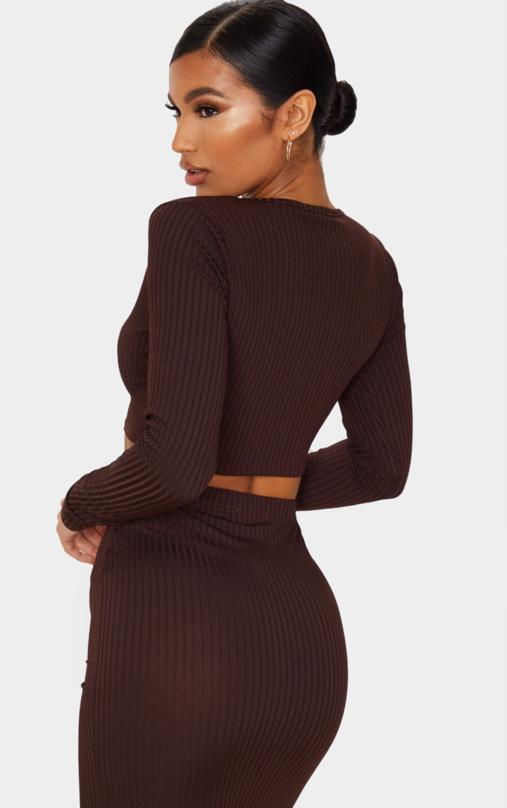 Brown Ribbed V Neck Long Sleeve Crop Top 2