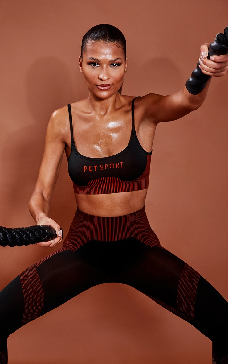 PRETTYLITTLETHING Rust Sport Ribbed Hem Seamless Sports Bra 4