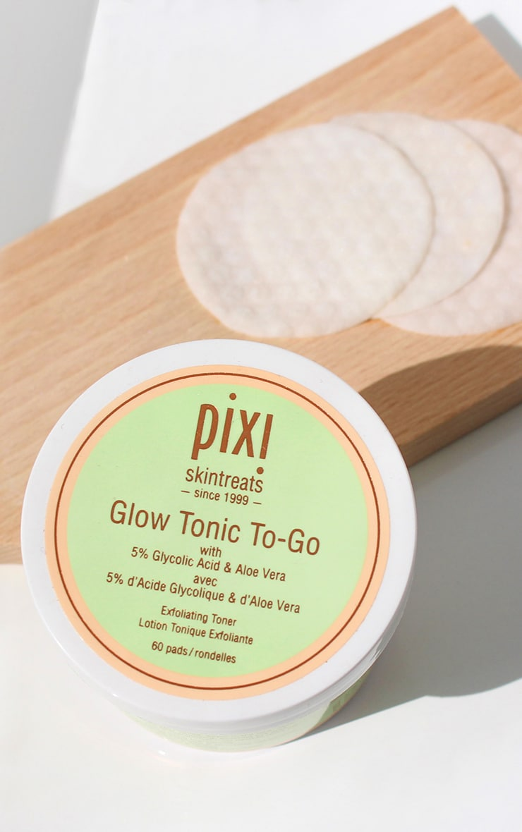 Pixi Glow Glycolic Tonic To-Go Travel Pads 1