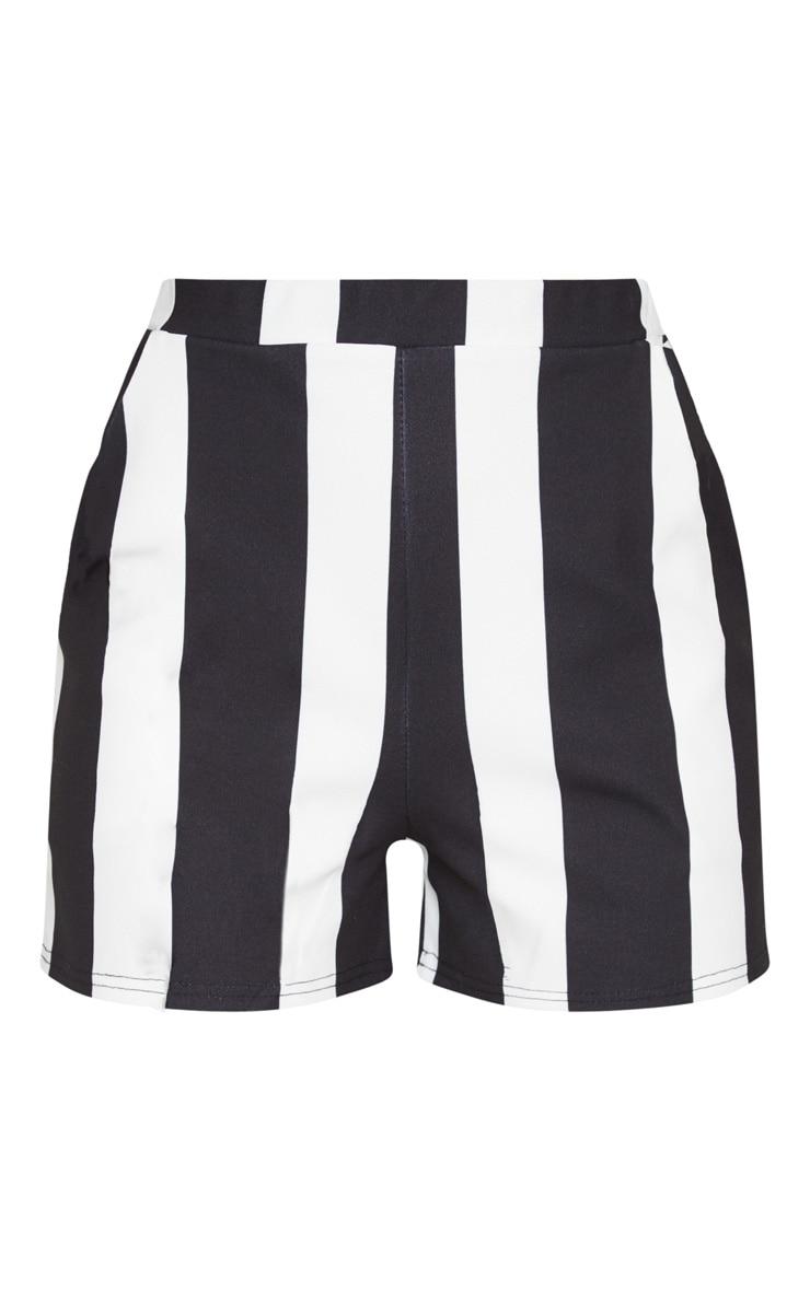 Black Stripe Pocket Short 3