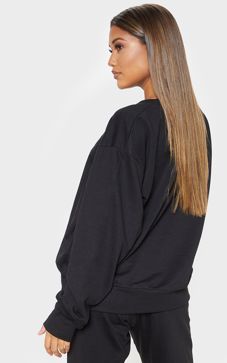 PRETTYLITTLETHING Black Embroidered Oversized Sweatshirt 2