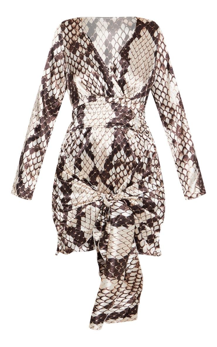 Robe moulante satinée grise imprimé serpent à détail froncé 3
