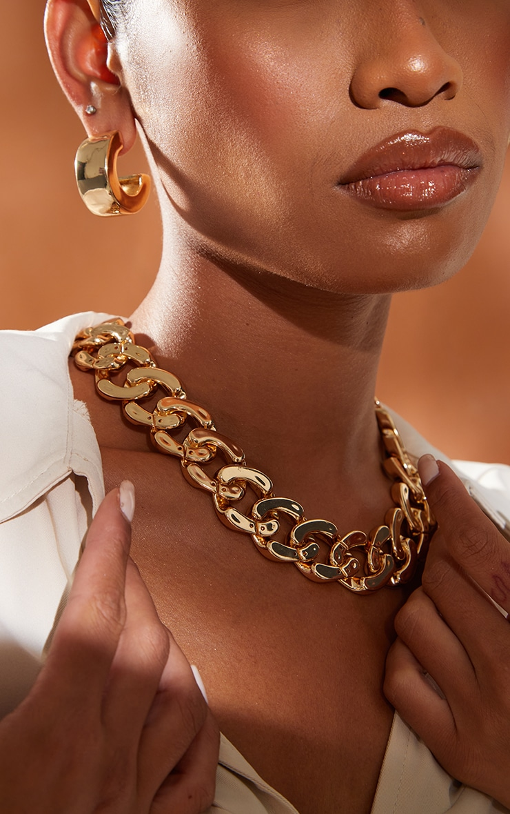 Gold Flat Chunky Curb Chain Necklace 2