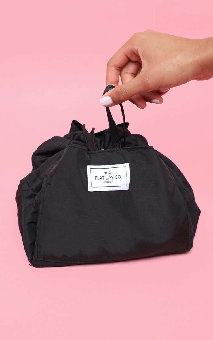 The Flat Lay co. Makeup Bag Classic Black 1