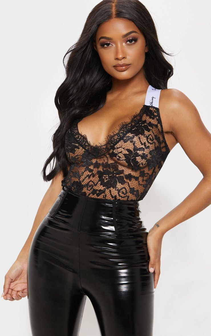 PRETTYLITTLETHING Black Shape Lace Bodysuit 1