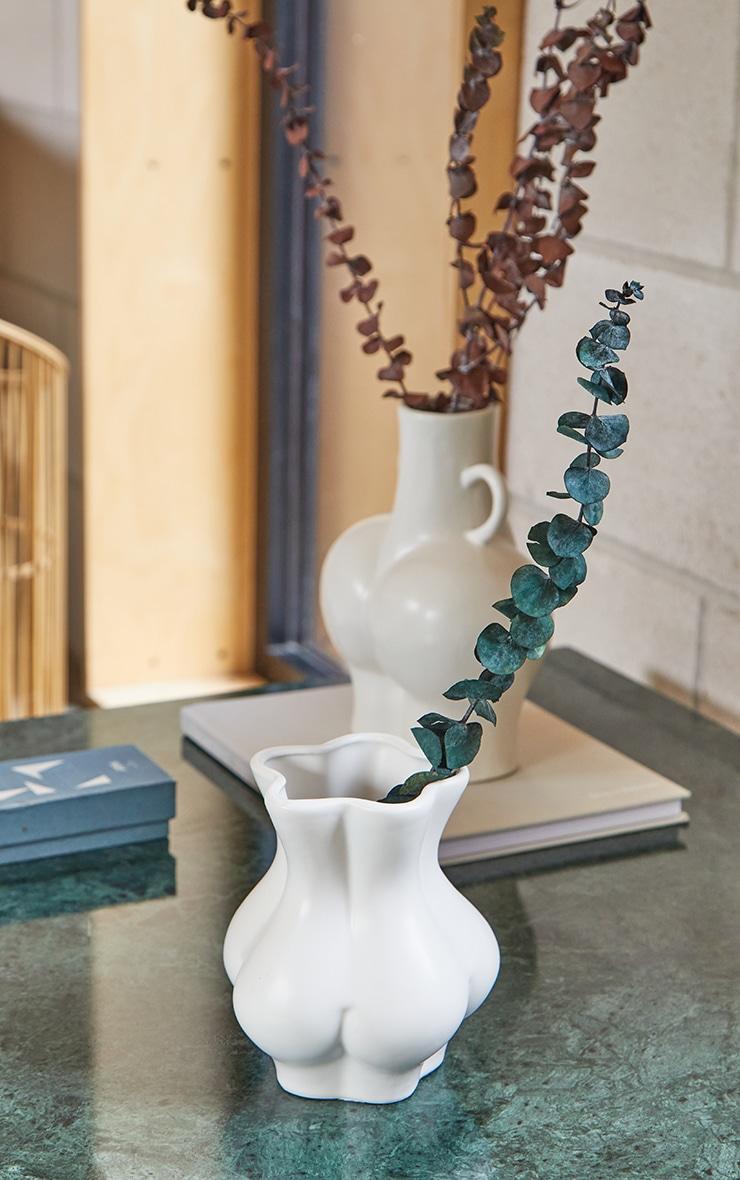 White Bum Vase 1