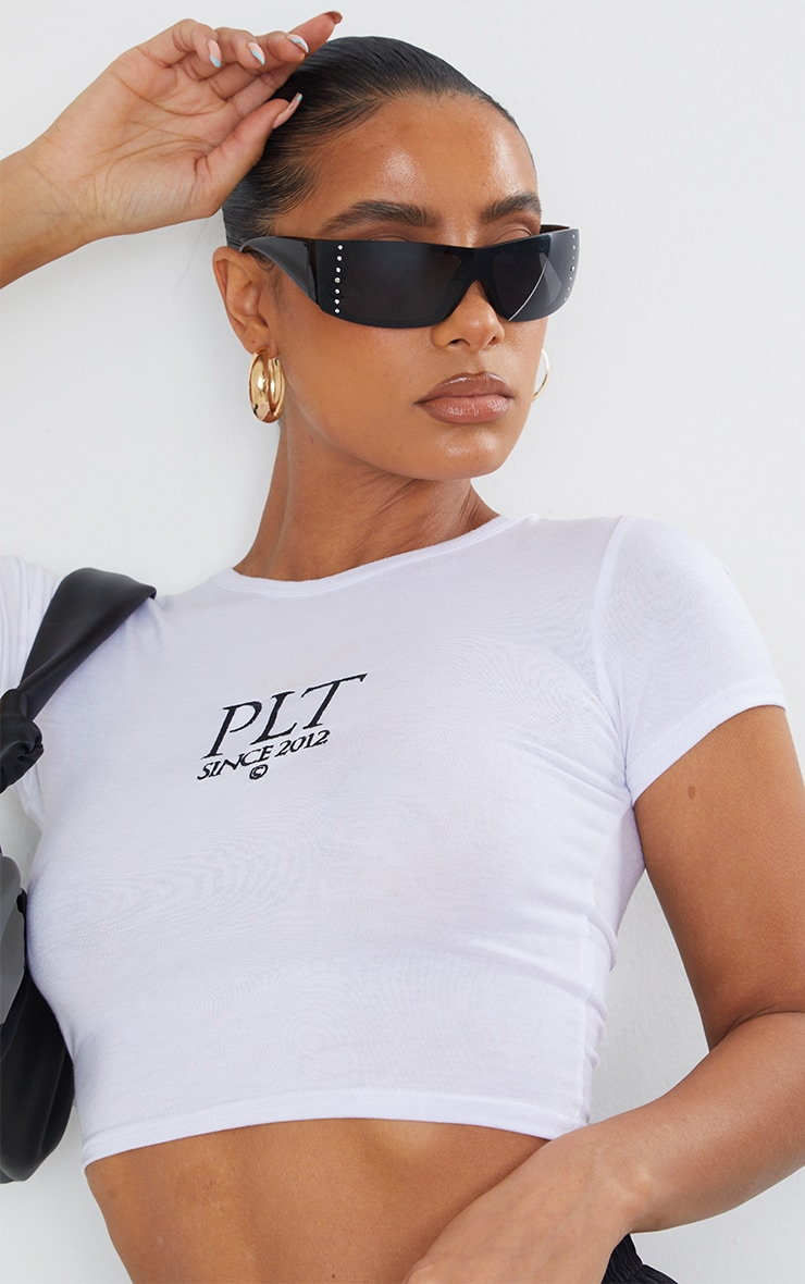 PRETTYLITTLETHING White Established Slogan Short Sleeve Crop T Shirt 4