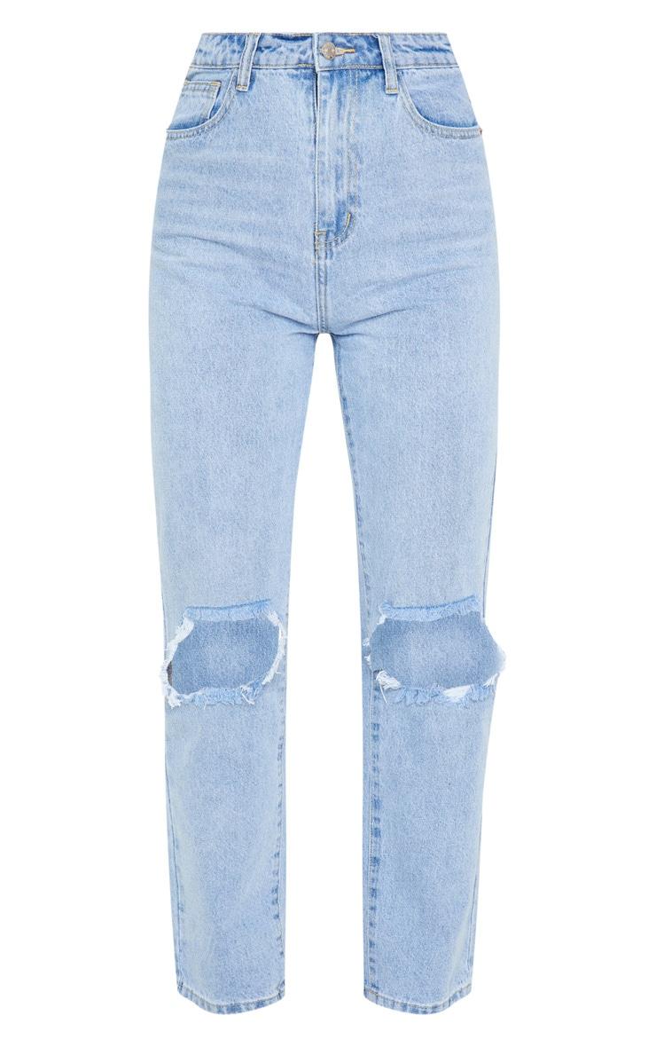 PRETTYLITTLETHING Knee Rip Light Wash Straight Leg Jean 3