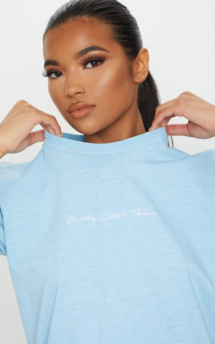 PRETTYLITTLETHING Blue Embroidered Wash T Shirt 5