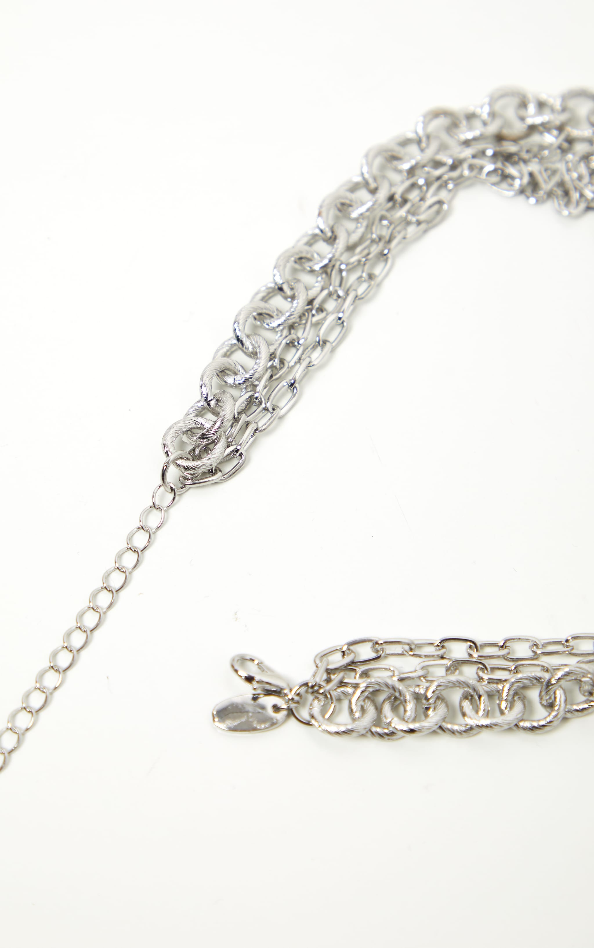 Silver Triple Chain Short Necklace 4