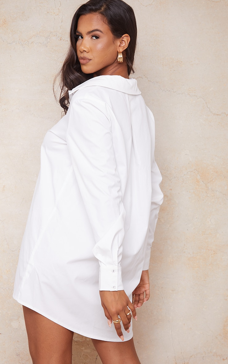 PRETTYLITTLETHING - Robe chemise blanche à détail ourlet 2