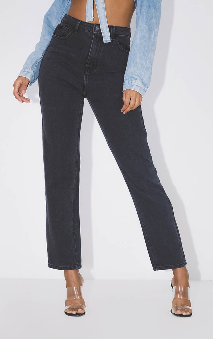 PRETTYLITTLETHING Washed Black Straight Leg Jean  2