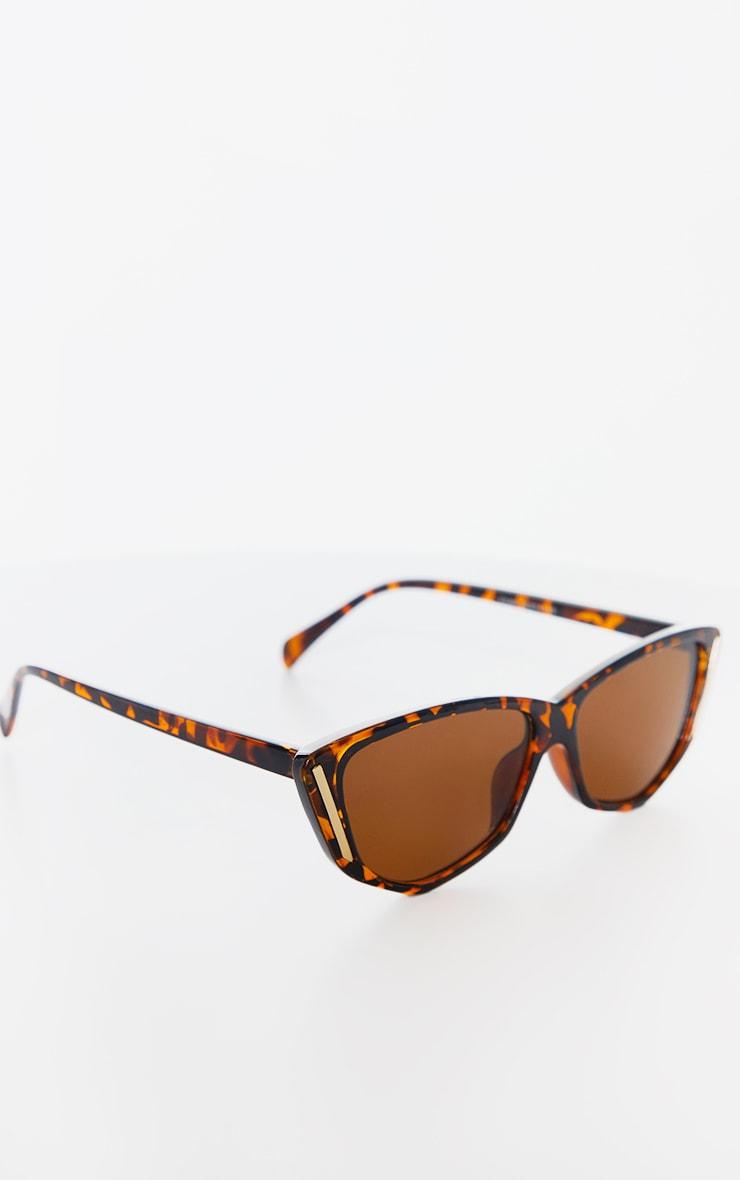 Brown Tortoise Cat Eye Gold Trim Sunglasses 2