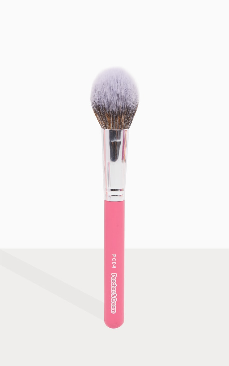 Peaches & Cream PC04 Large Face Brush 1