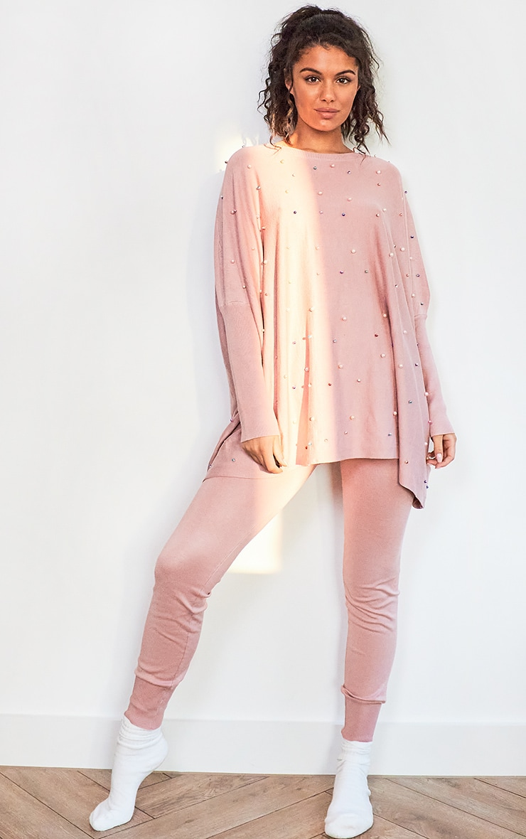 Pink Knitted Oversized Pearl Lounge Set 1