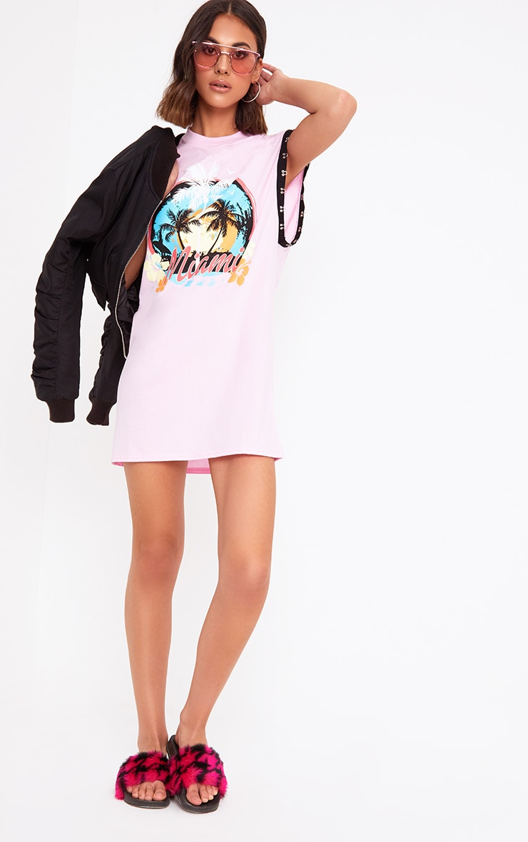 Baby Pink Miami Hook & Eye Printed T Shirt Dress 4