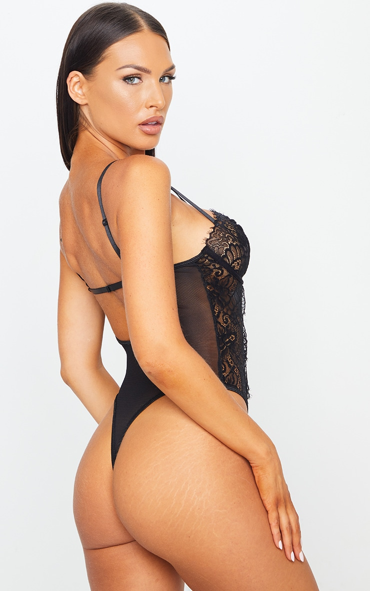 Black Ring Detail Lace Underwired Body 2