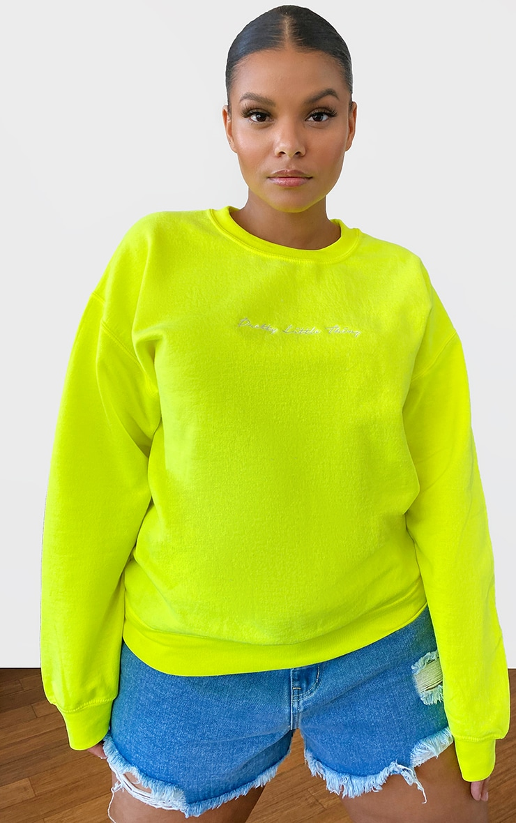 PRETTYLITTLETHING Plus Lime Oversized Sweater 1