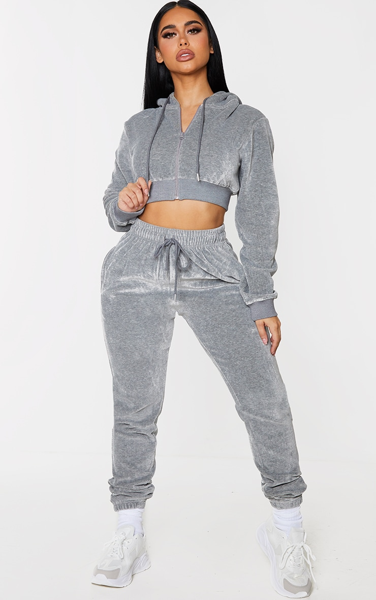 PRETTYLITTLETHING Shape Grey Velour Extreme Crop Sweater 3