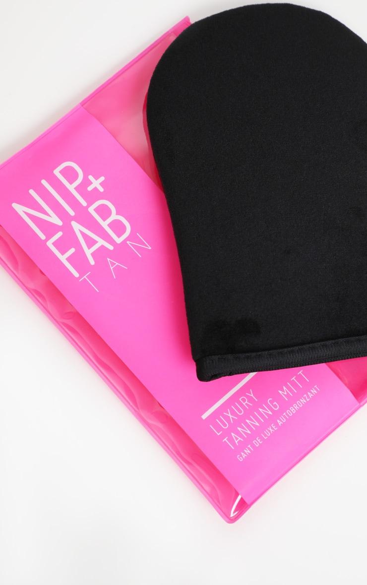 NIP+FAB Luxury Tanning Mitt 3