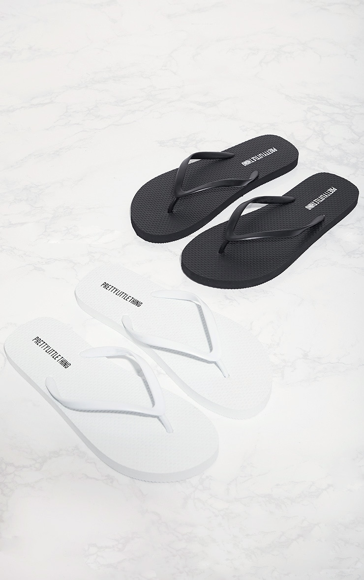 Black & White Flip Flops 2 Pack