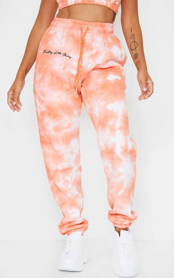 PRETTYLITTLETHING Petite Orange Tie Dye Embroidered Oversized Jogger 2