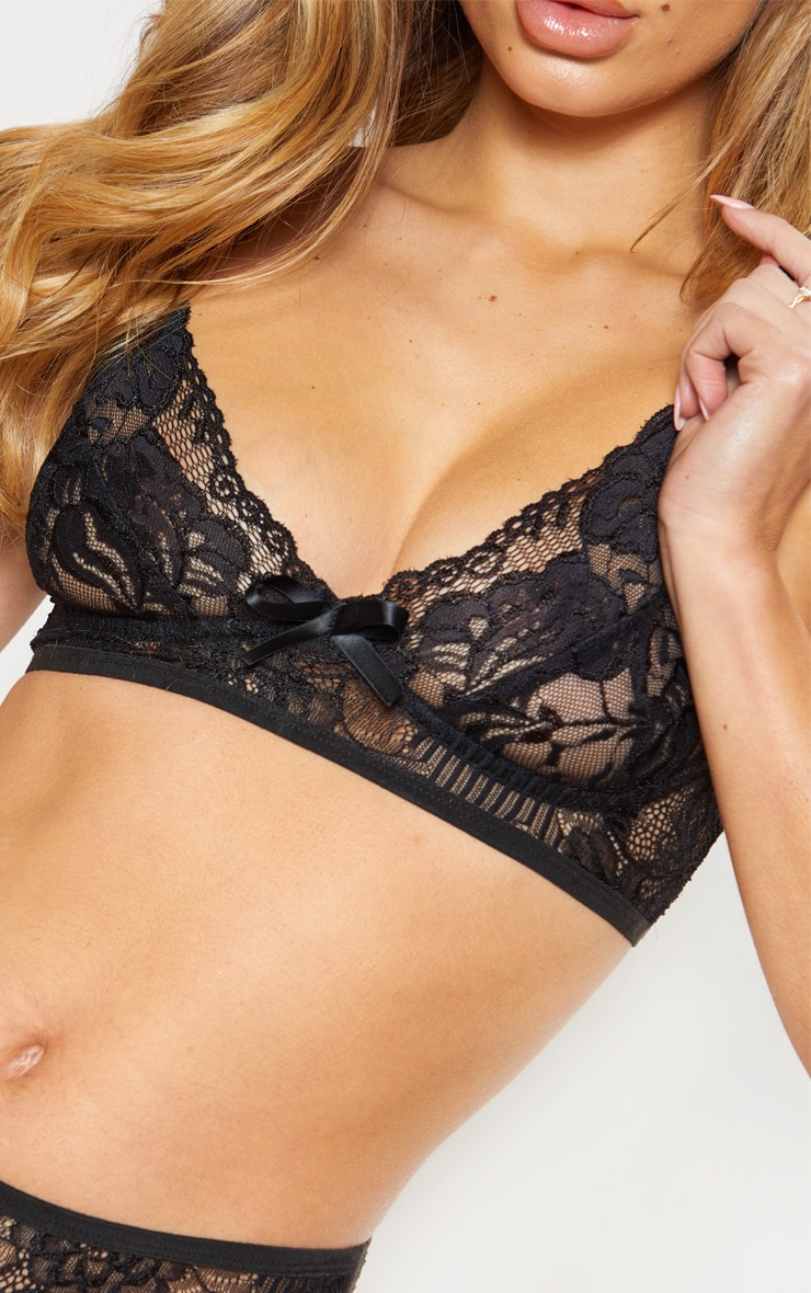 Black Lace Cupped Bra With Bow 5