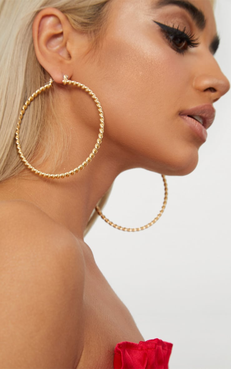 Gold Twisted Thin Hoop Earrings 1
