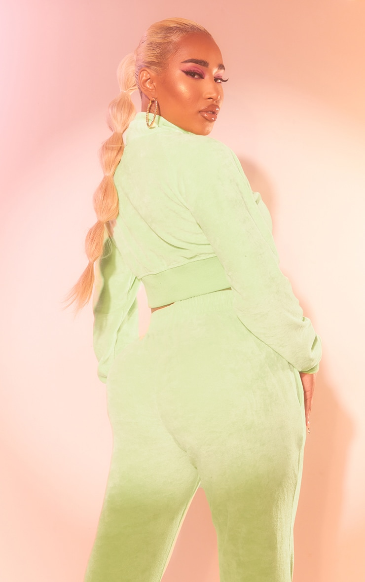 PRETTYLITTLETHING Shape Lime Velour Cropped Zip Up Sweatshirt 2