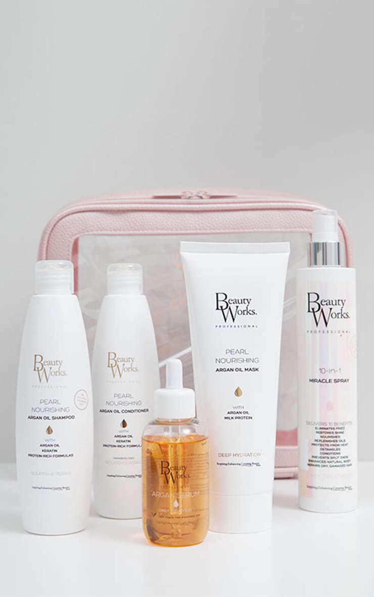 Beauty Works x Molly-Mae Haircare Gift Set (Worth £80) 1