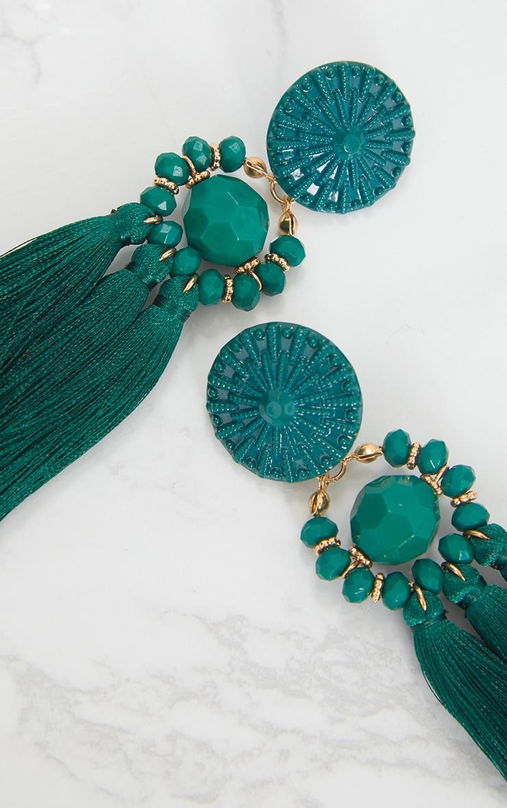 Boucles d oreilles vert émeraude à pompons et perles 5