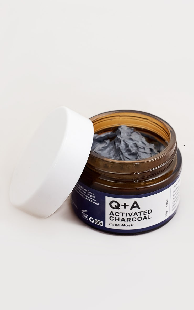 Q+A Activated Charcoal Face Mask 50g 4