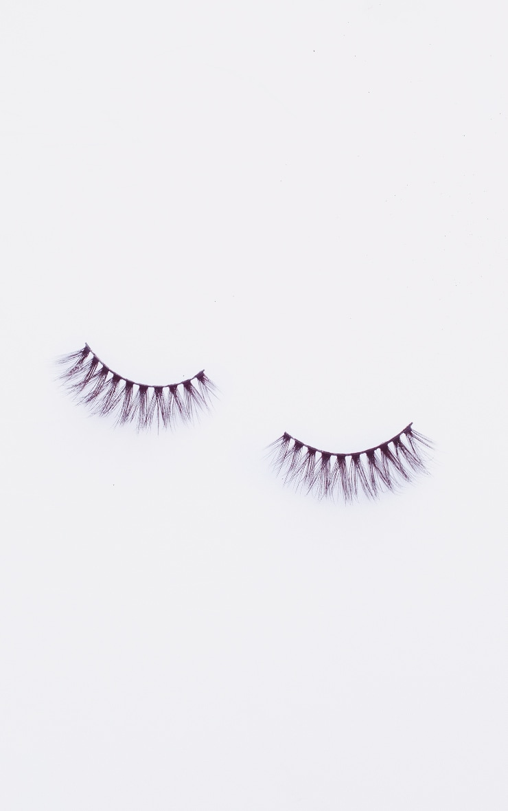 PRETTYLITTLETHING X Land of Lashes Ivy 3