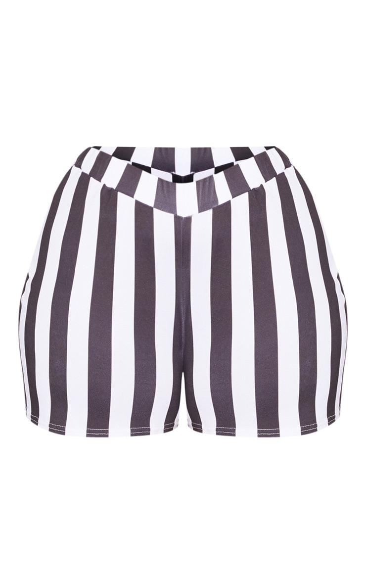 Plus White Stripe Shorts 3