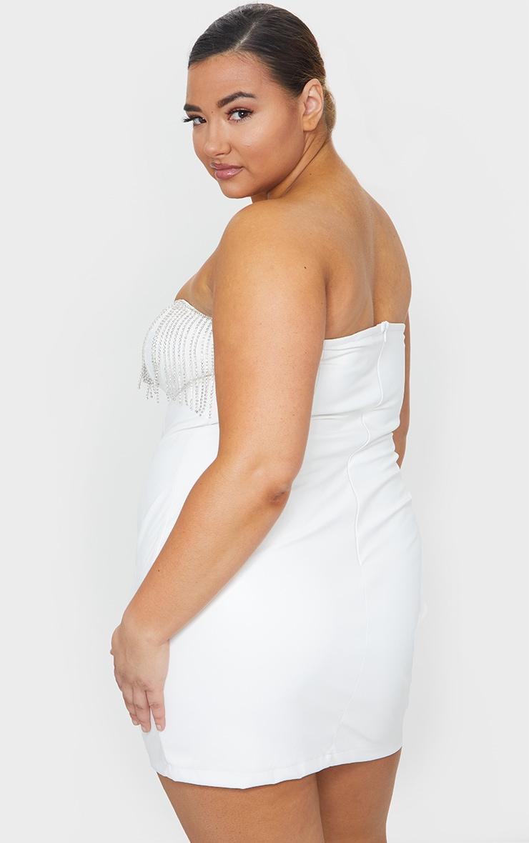 PLT Plus - Robe moulante en similicuir blanc à franges strassées 2
