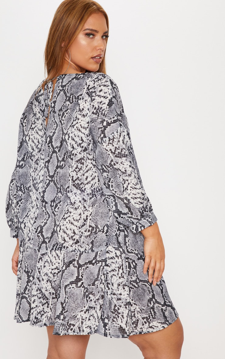 Plus Grey Snake Print Long Sleeve Shift Dress 2