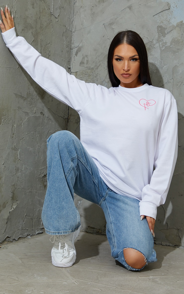 PRETTYLITTLETHING White Heart Embroidered Sweater 3