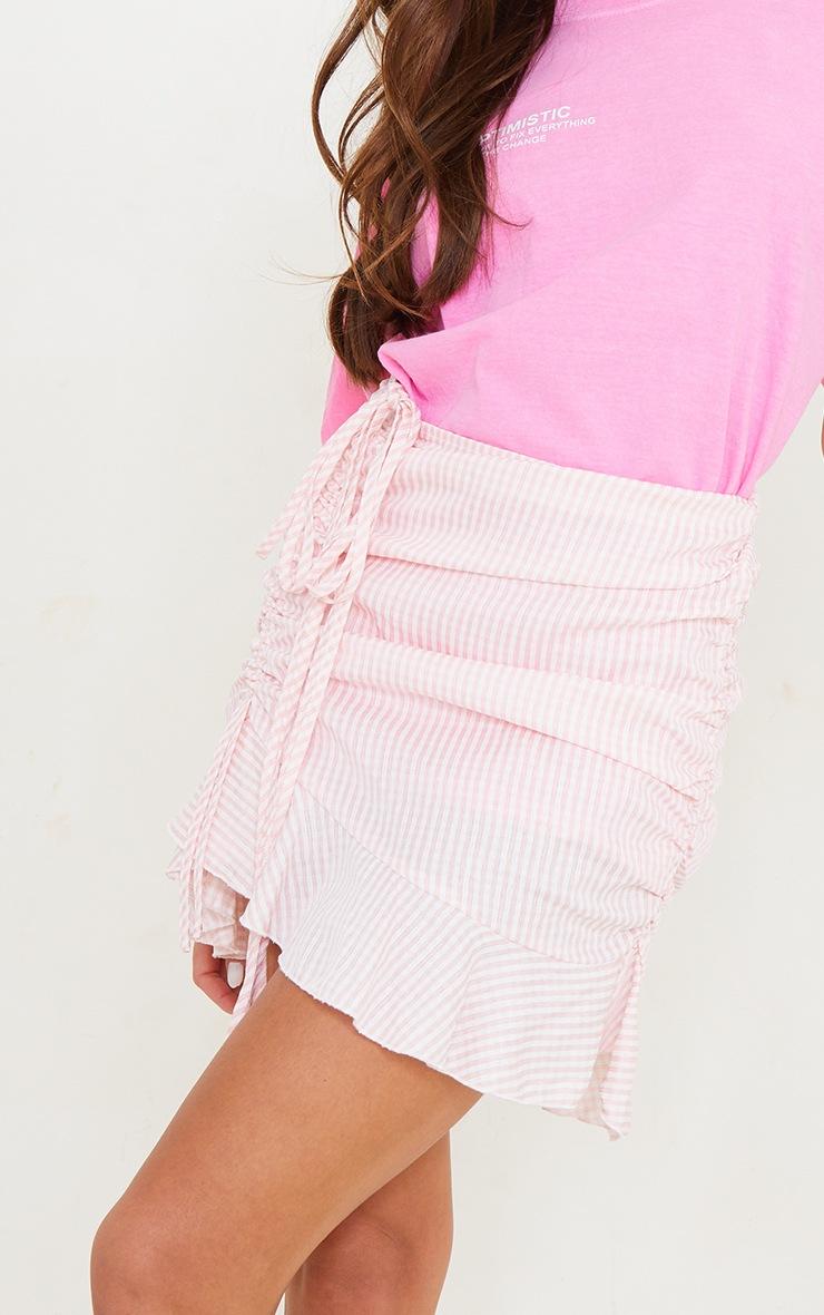 Mini-jupe froncée rose imprimé vichy en maille tissée 5