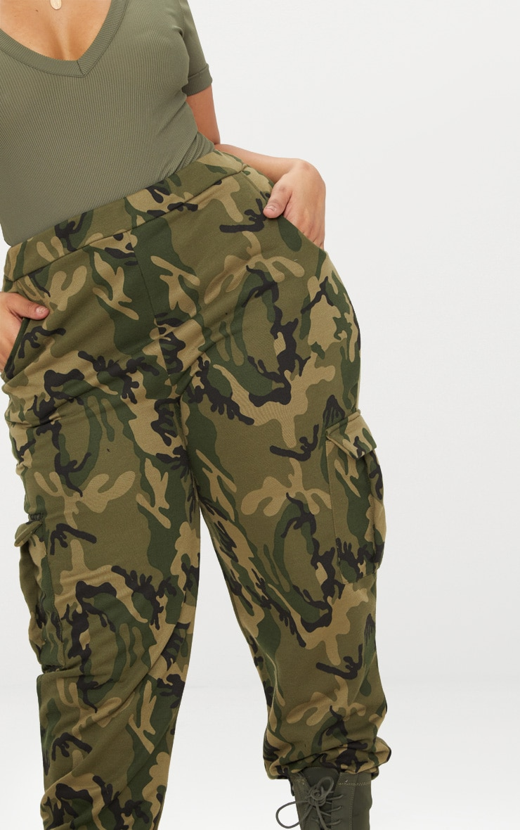 Plus Khaki Camo Pocket Detail Joggers 5