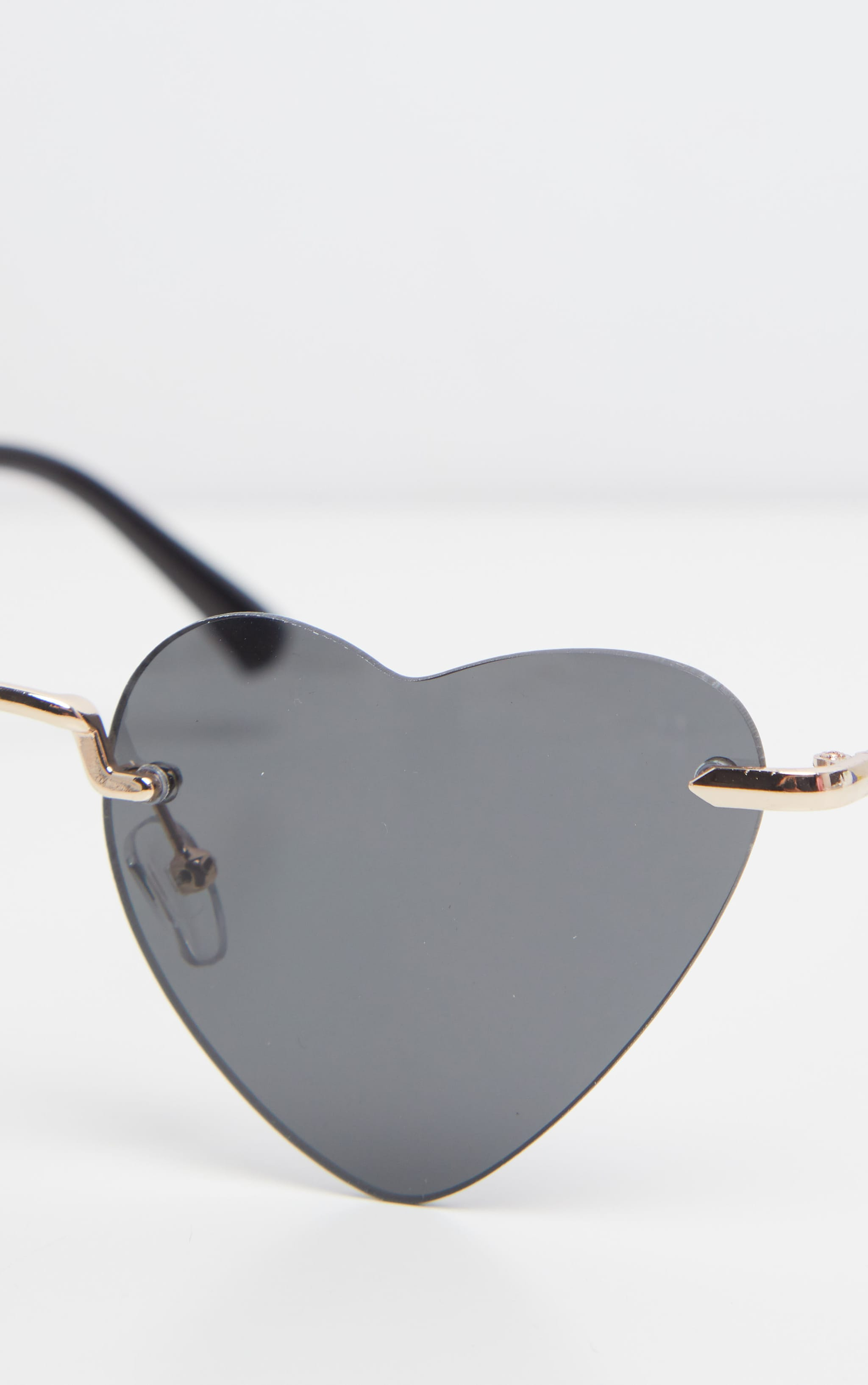 Black Heart Shaped Sunglasses 4