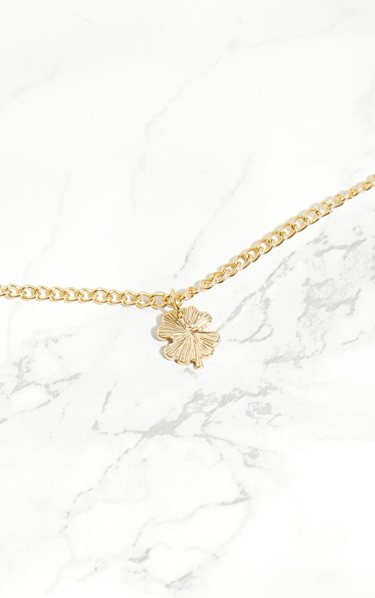 Gold Lucky 4 Leaf Clover Necklace 3