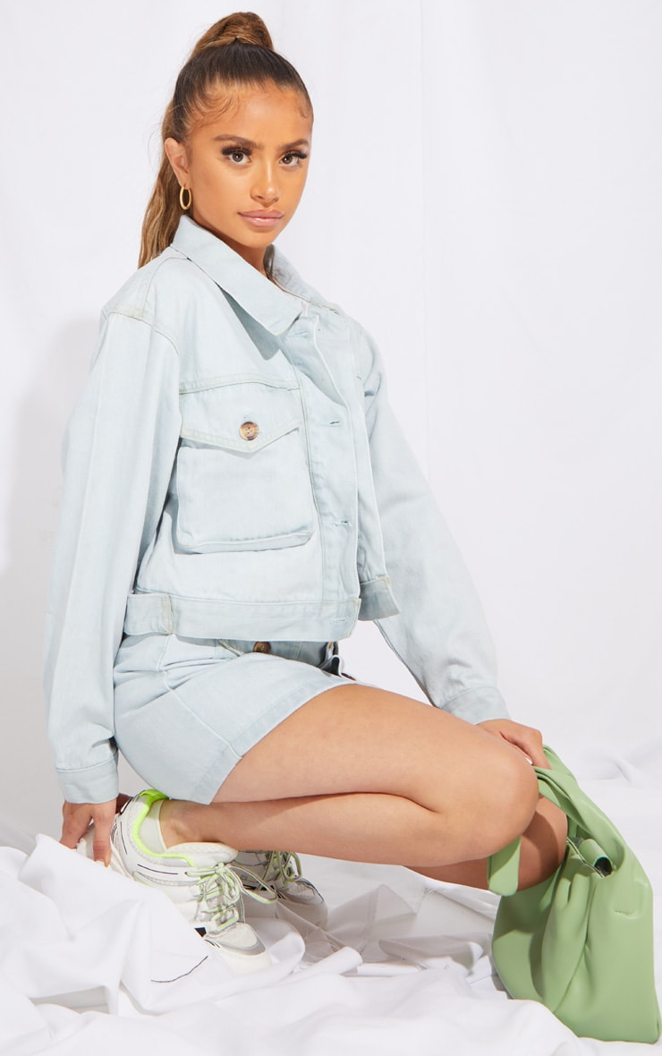 Petite Bleach Wash Oversized Denim Trucker Jacket 3